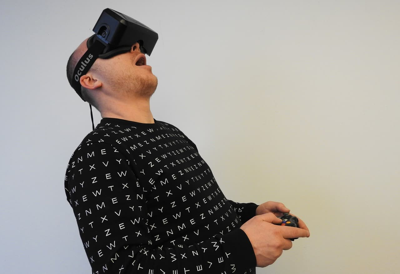 Incorporate Virtual Reality Into Your Marketing (and increase future sales)